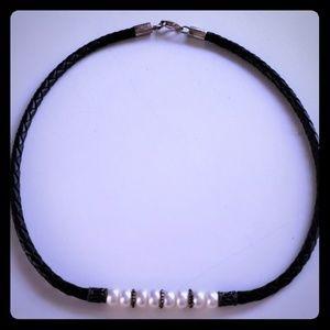 Genuine Pearl/Leather/.925 Vintage Choker